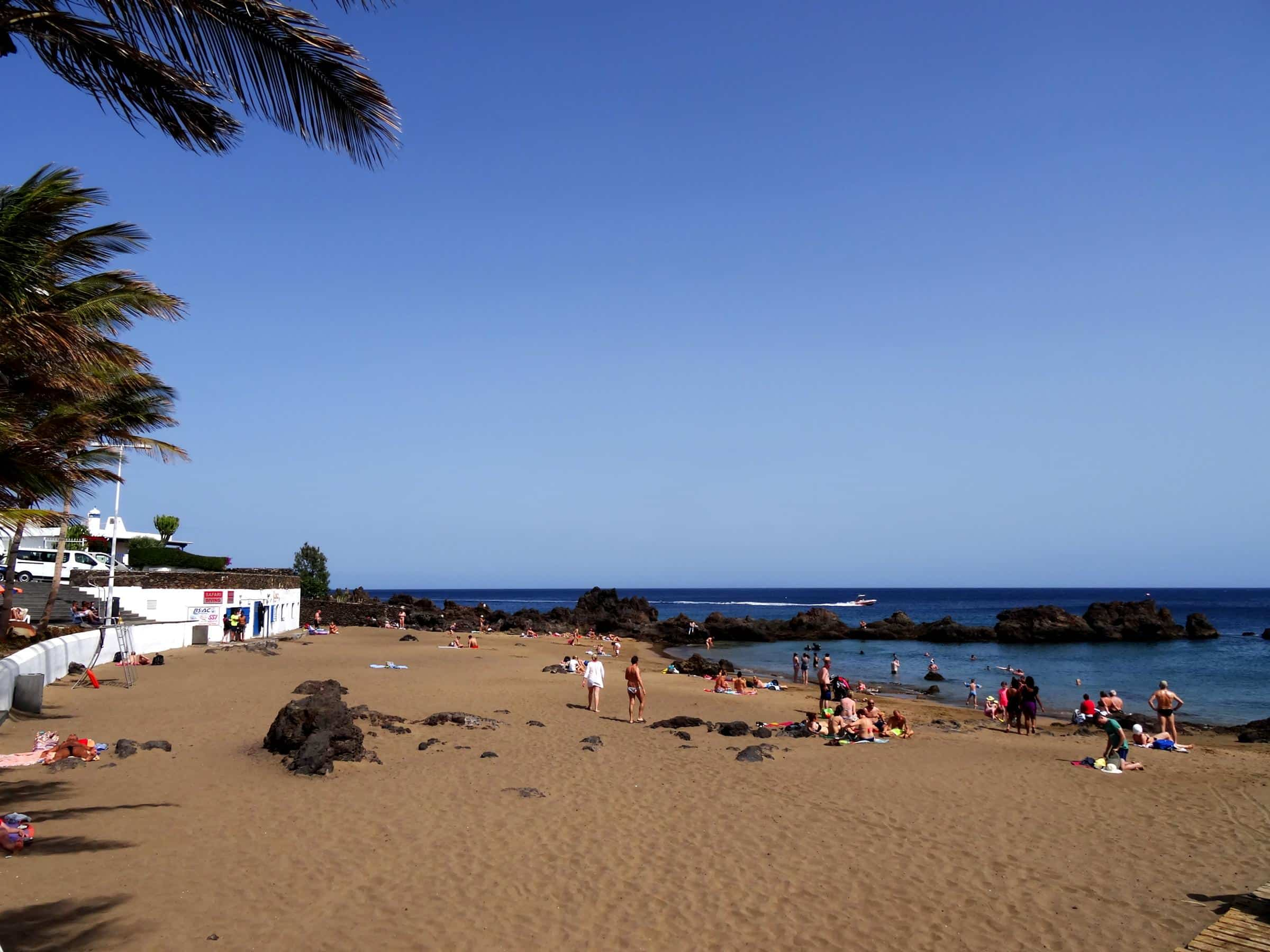 Playa Chica Beach Auszeit Lanzarote Holidays On Lanzarote