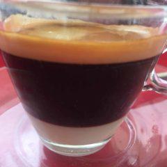 Solo largo con condensada. Cafe en Lanzarote